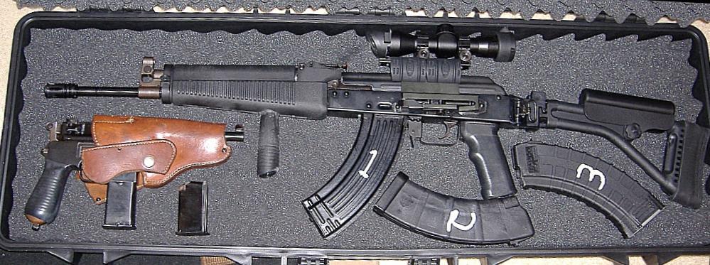 My NEW carry gun: a 9mm Mauser Broomhandle (with pics)-gunner3.jpg