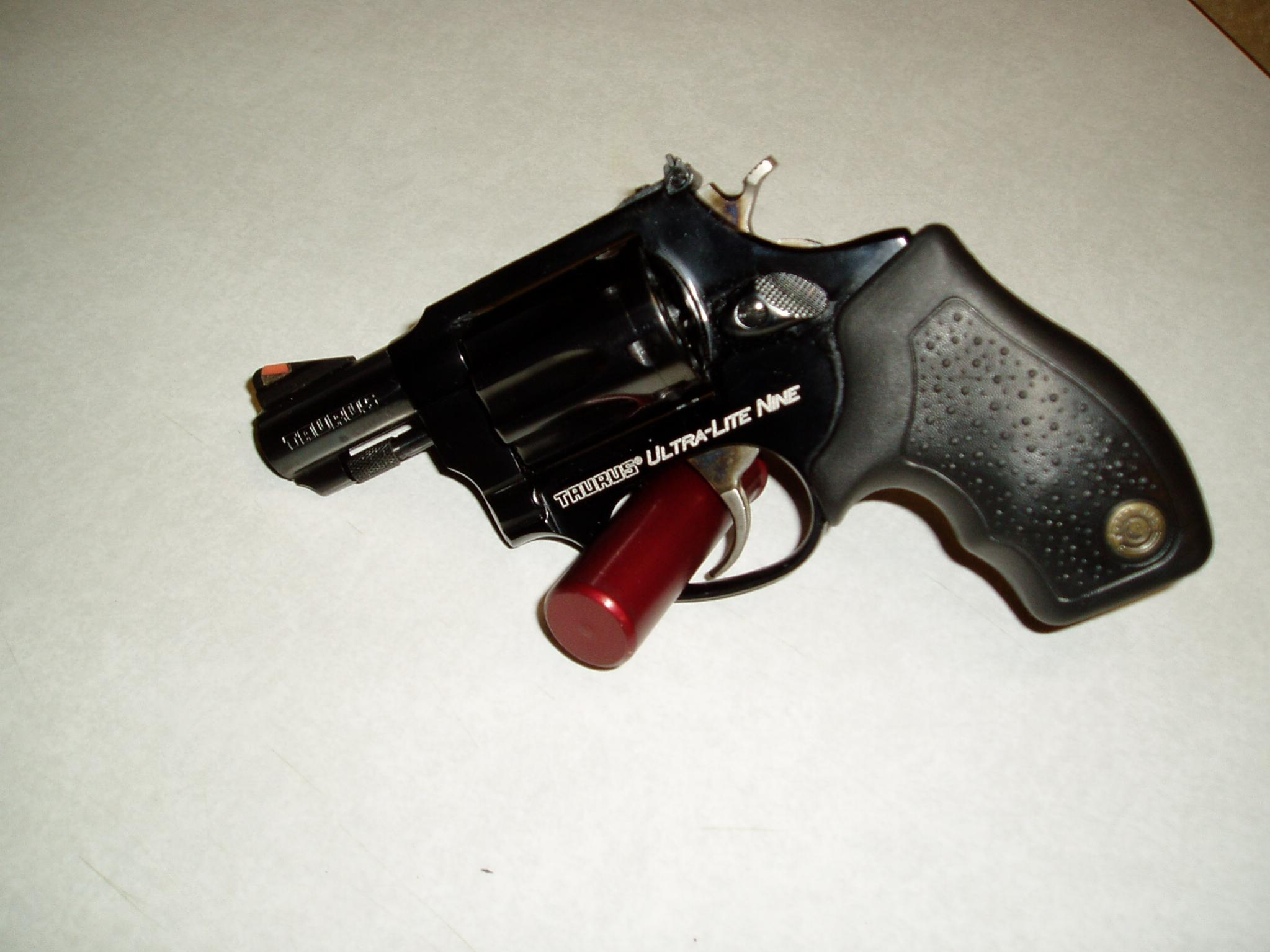 Wife Wants To Get A Hammerless Revolver For CC.....Which ones to choose?-guns-006.jpg