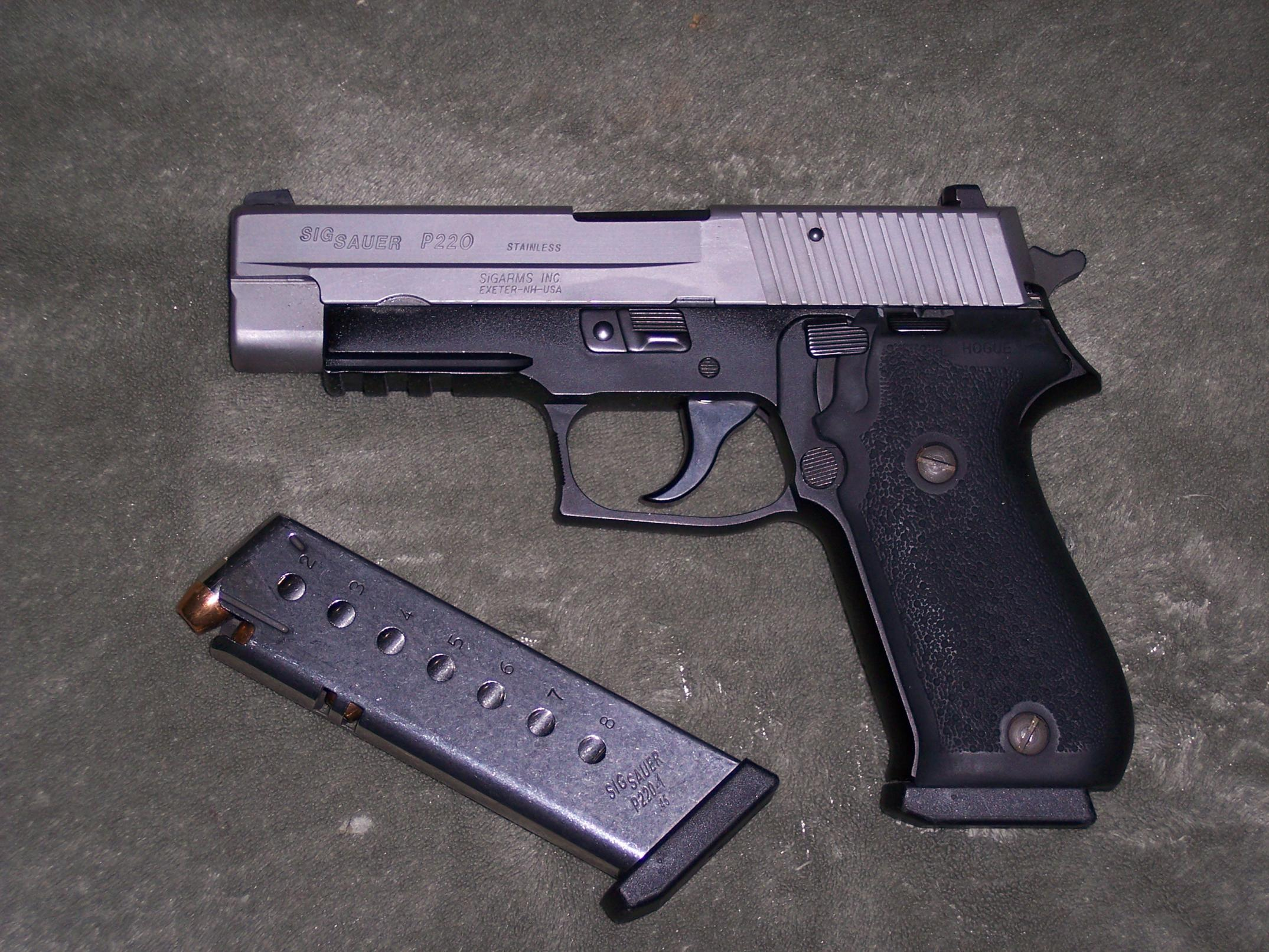 Let's see some pictures of your favorite 45's!-guns-008.jpg