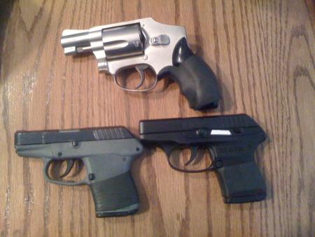 whats a better BUG? j frame or kel-tec p3at 380-guns.jpg