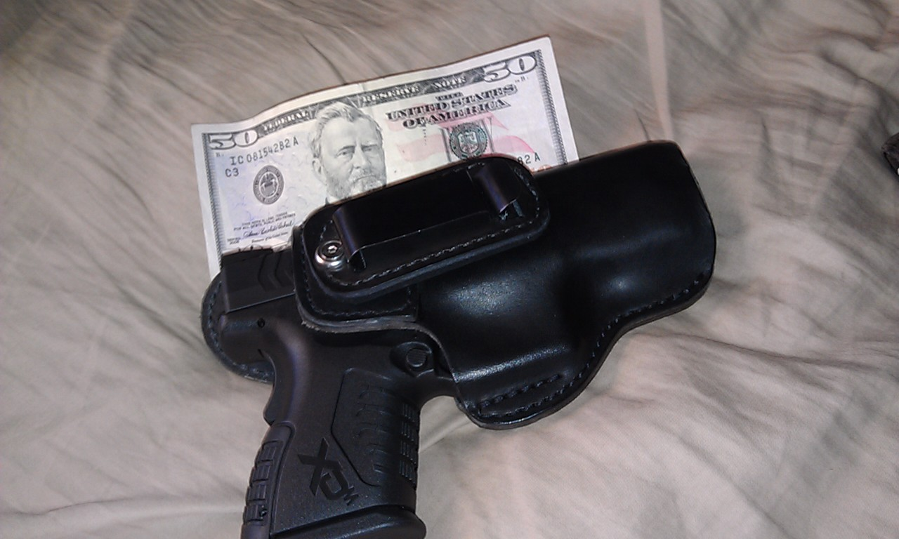 Well my holster came in the mail yesterday!-h1.jpg