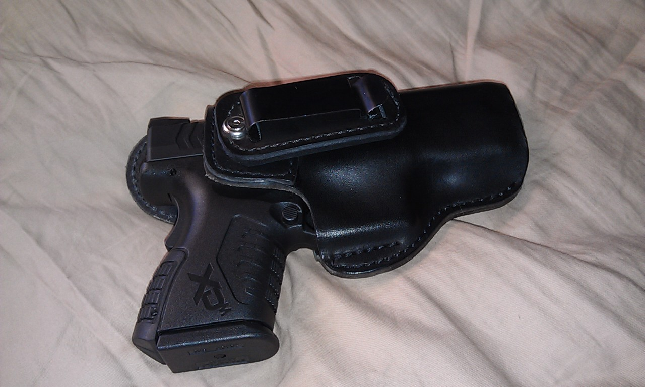Well my holster came in the mail yesterday!-h4.jpg
