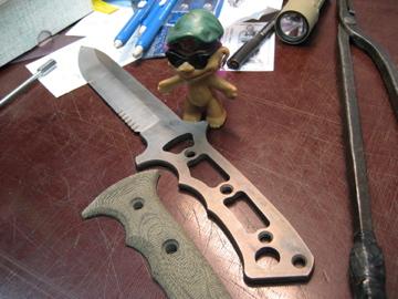 I need a fixed blade Zombie/SHTF American made knife-harsey.jpg