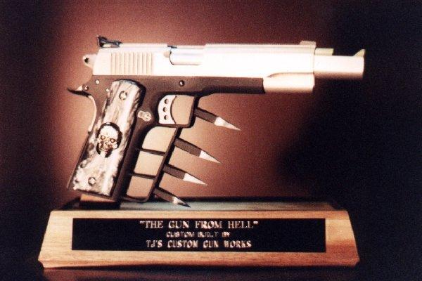 Ugly gun thread-hellgun.jpg