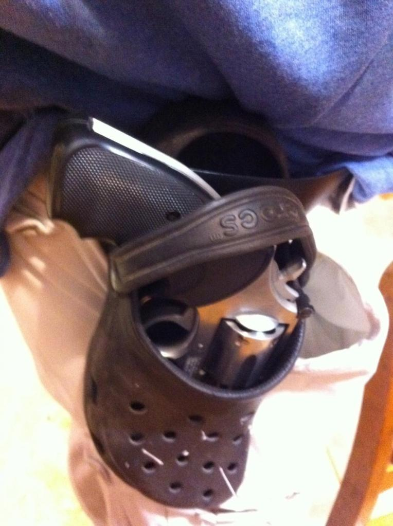 New Sandal Style Holster!-holster2small.jpg