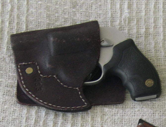 Pocket carry. Which prints more obviously? Auto or revolver? Opinions-holstered-snub.jpg