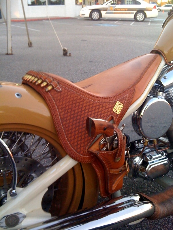 Silliest Harley accessory ever!-holsterseat.jpg