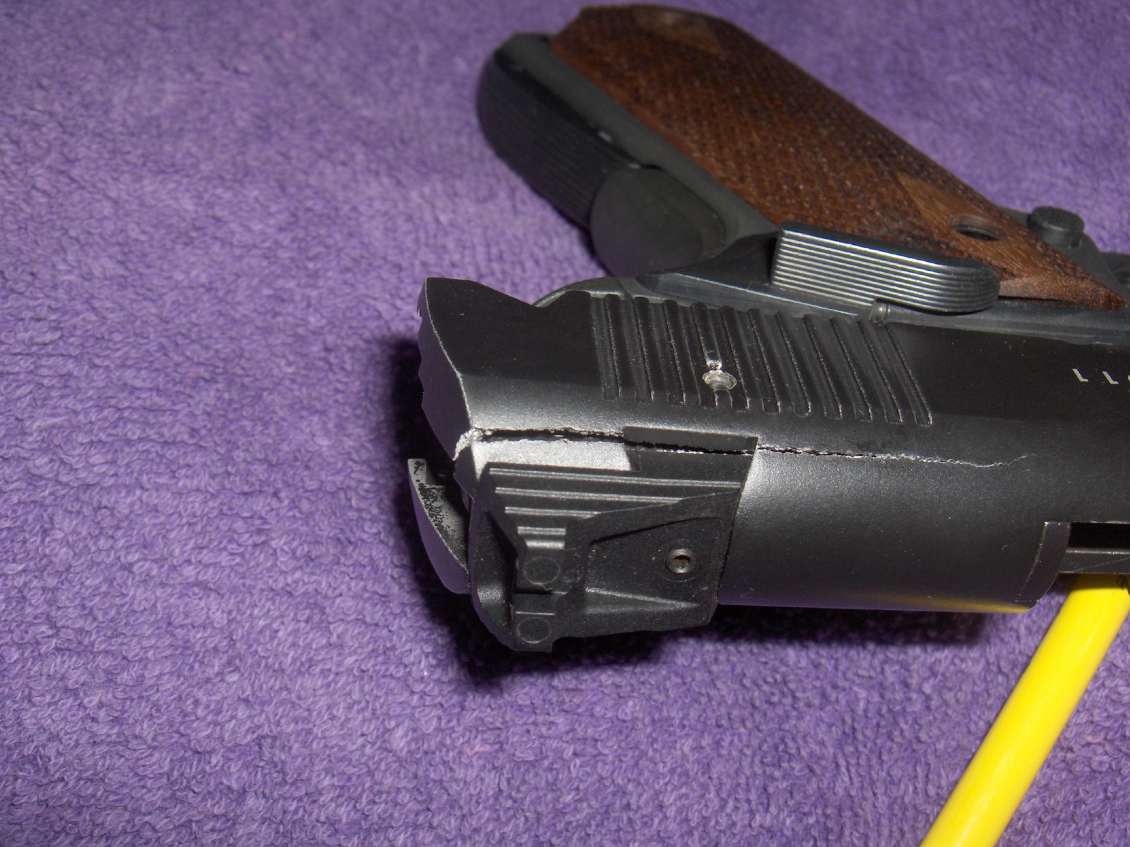 Gsg 1911 22  slide cracked-hpim0646.jpg