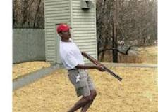 Mag Pushes Fake Picture of Obama Skeet Shooting-idiot-obama.jpg