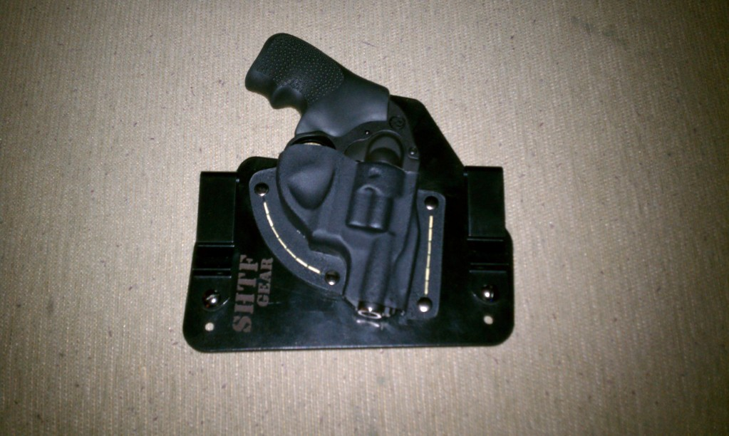 Can you recommend a good ankle holster for the Ruger LCR?