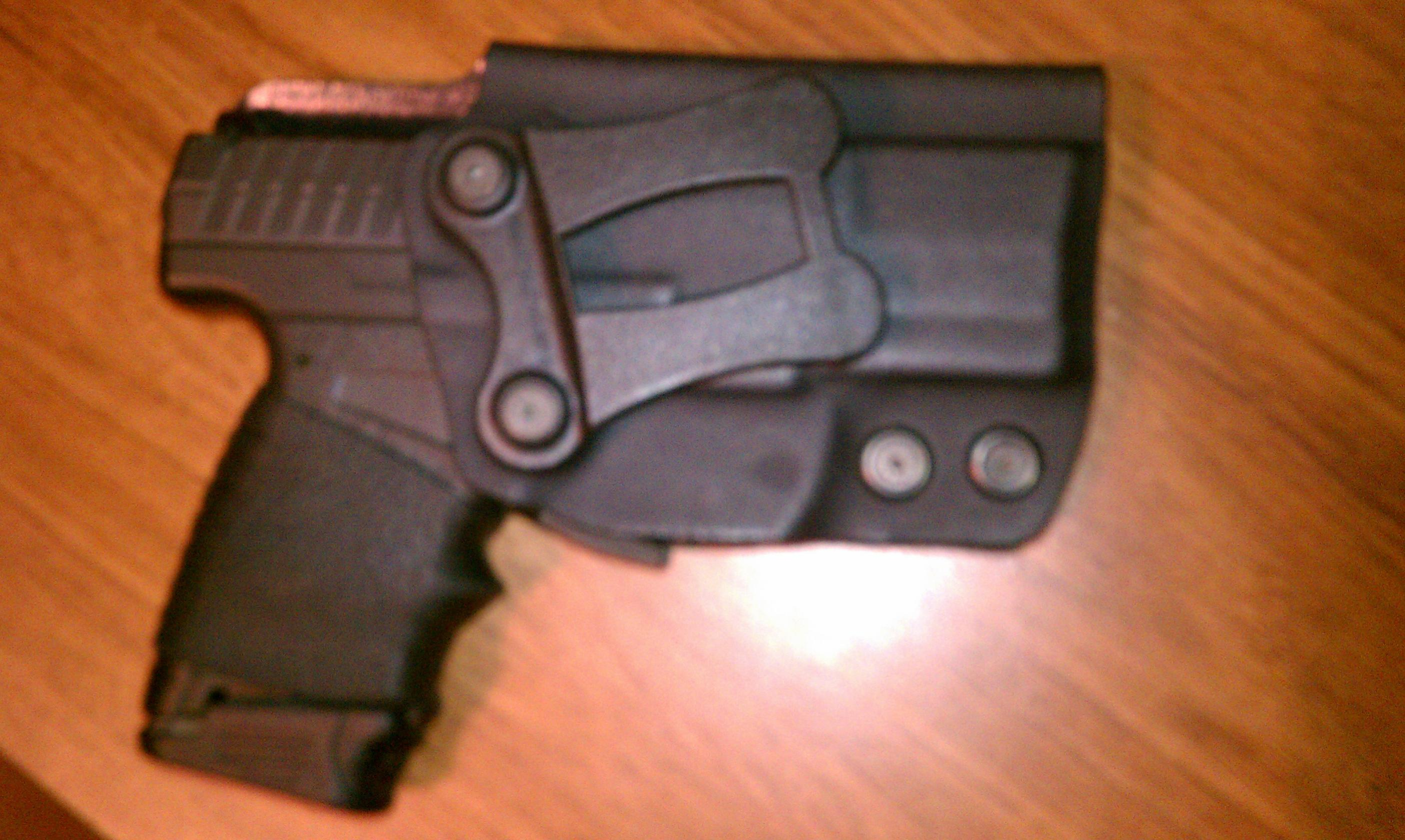 Walther PPS 40 - at the range.-imag0180.jpg