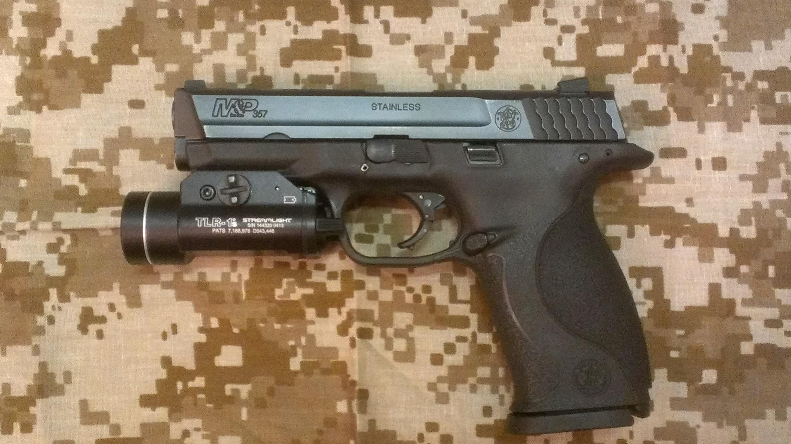 Do any of you EDC a weapon mounted light on your carry pistol?-imag0190.jpg