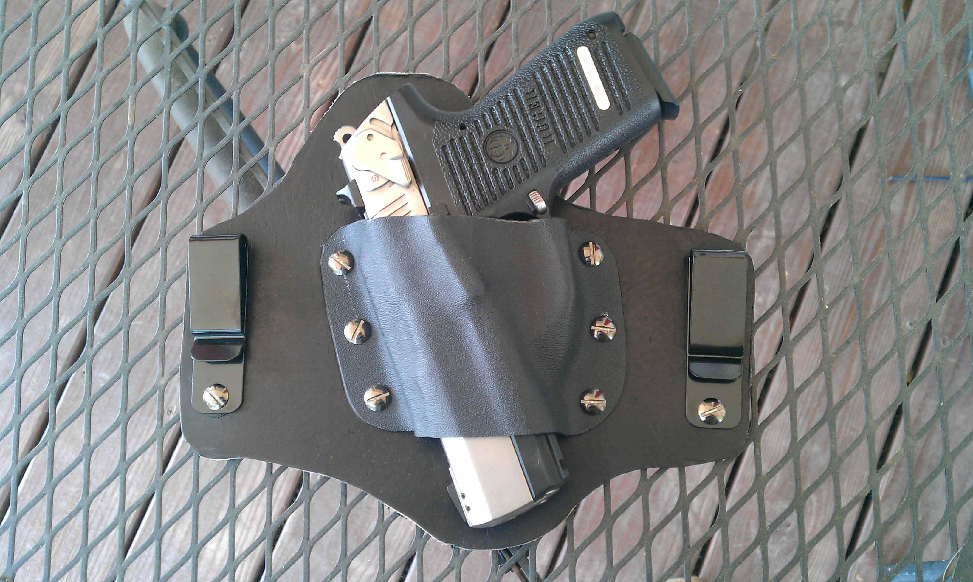 Kydex holster that will accommodate a rail mounted laser?-imag0322.jpg