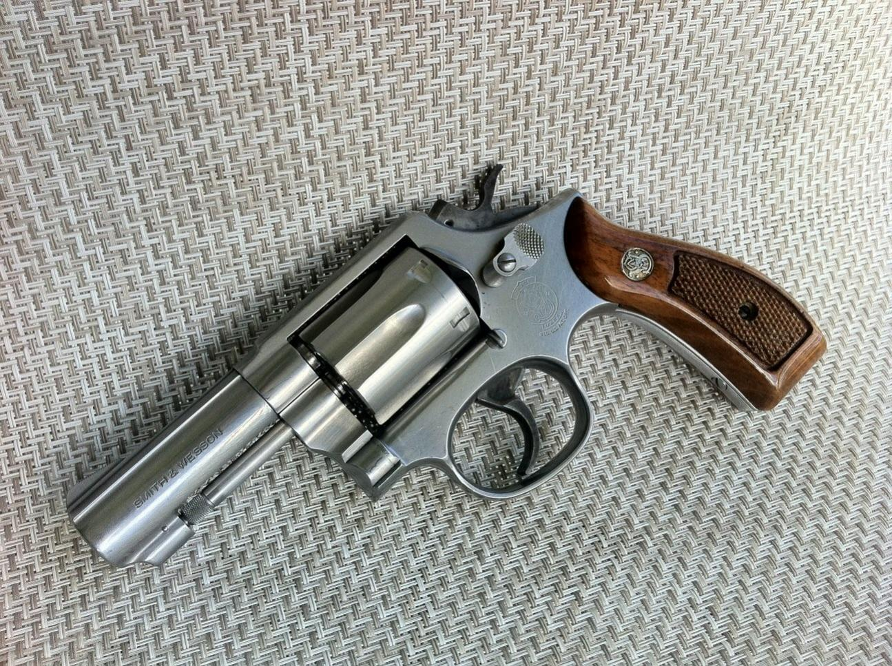New (to me) vintage Smith and Wesson Model 13 revolver, nickel finish, info?-image-6.jpg