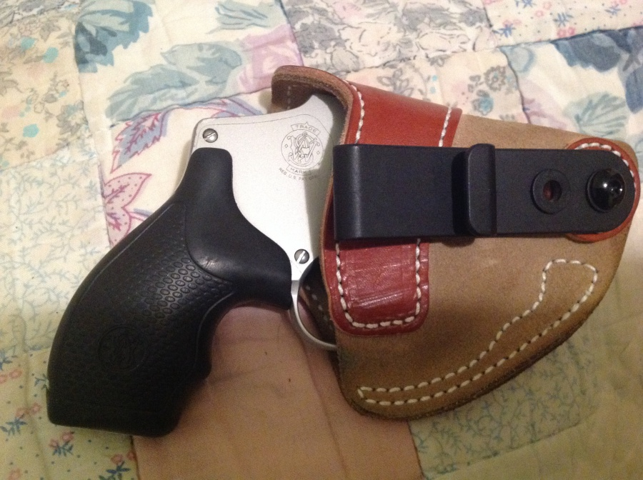 Revolver appendix holster that's narrow at the barrel end-image.jpg