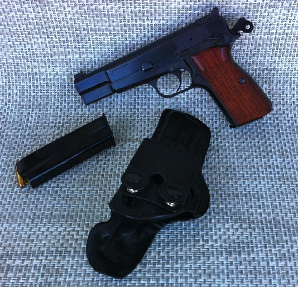 EDC Holster popularity differs depending on forums?-image.jpg