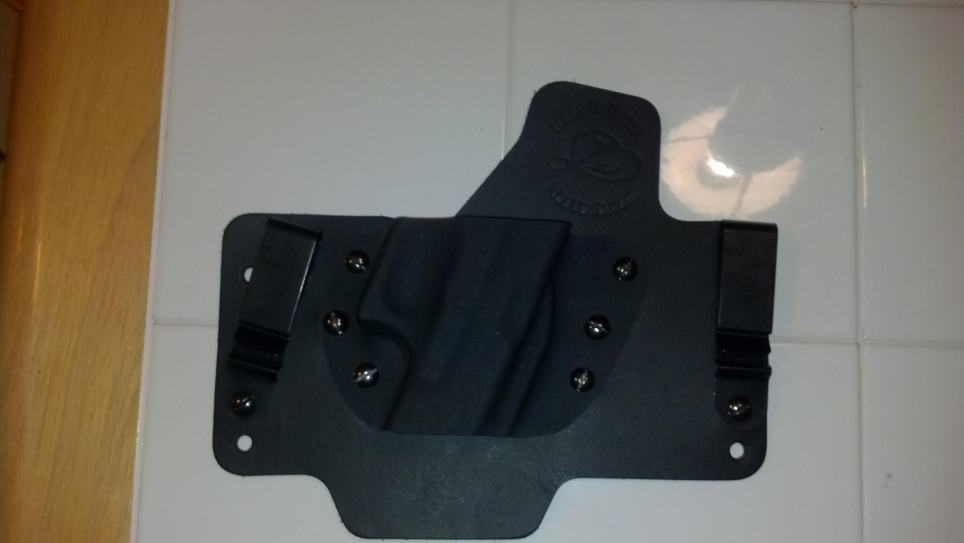 White Hat Holster came in..-image.jpg
