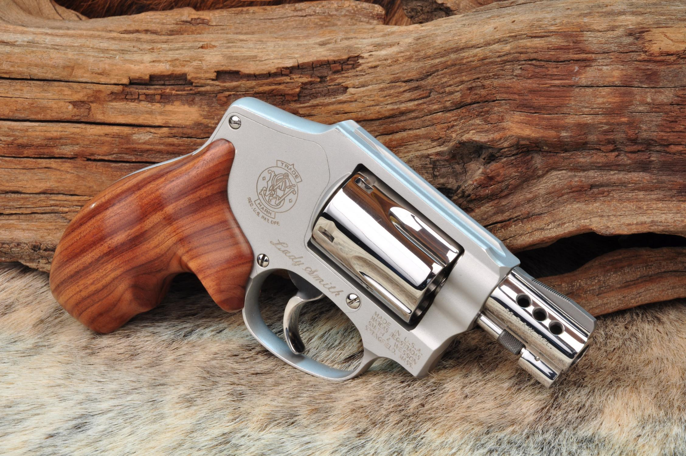 Suggestions for CCW revolver - small hands-image.jpg
