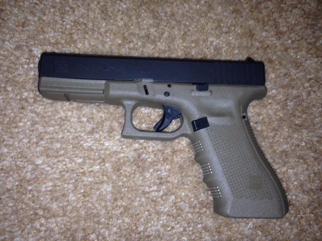 WTS Glock 17 Gen 4 OD GREEN BNIB ( NY)-image.jpg