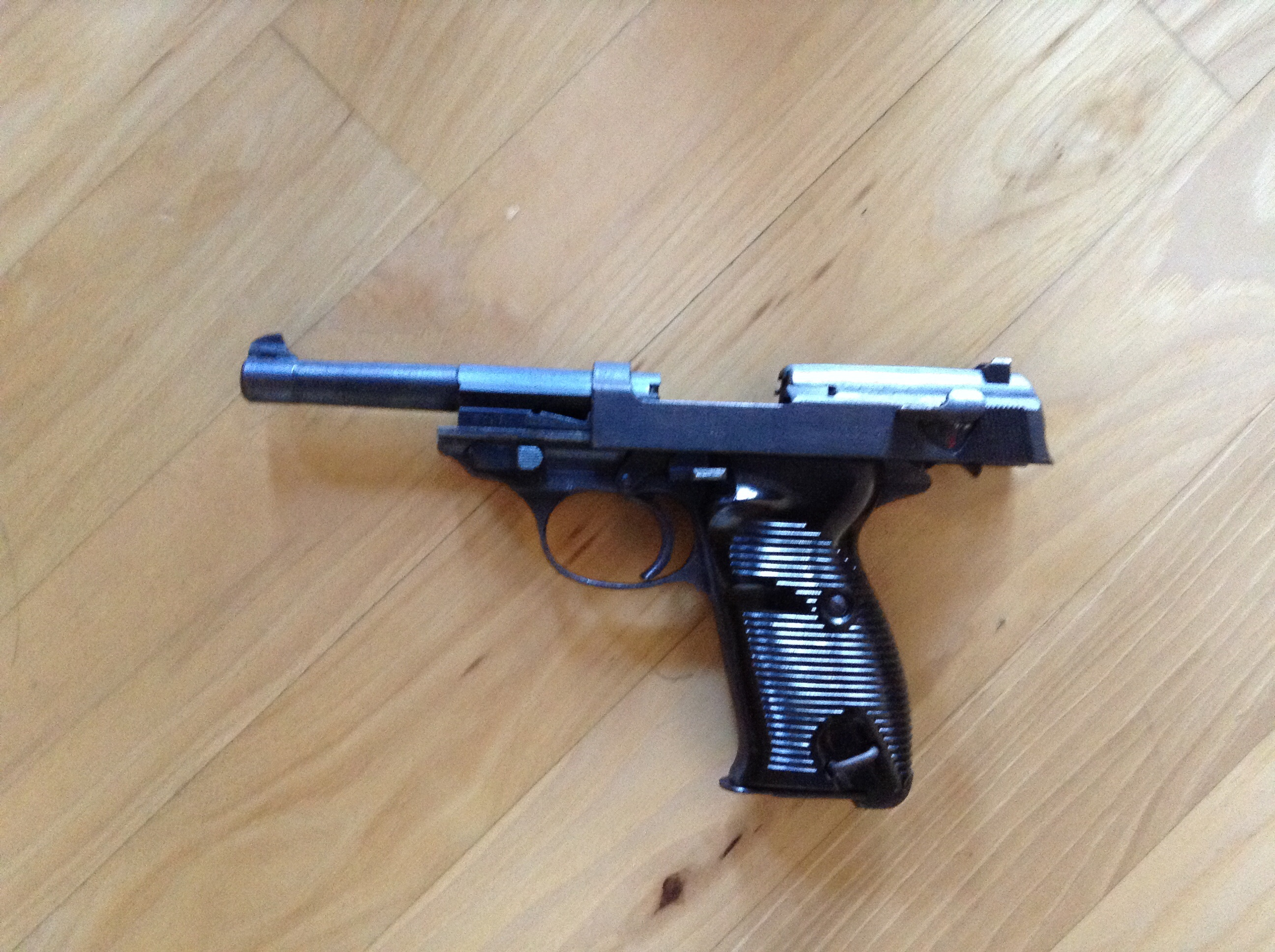 Name this pistol please.-image.jpg