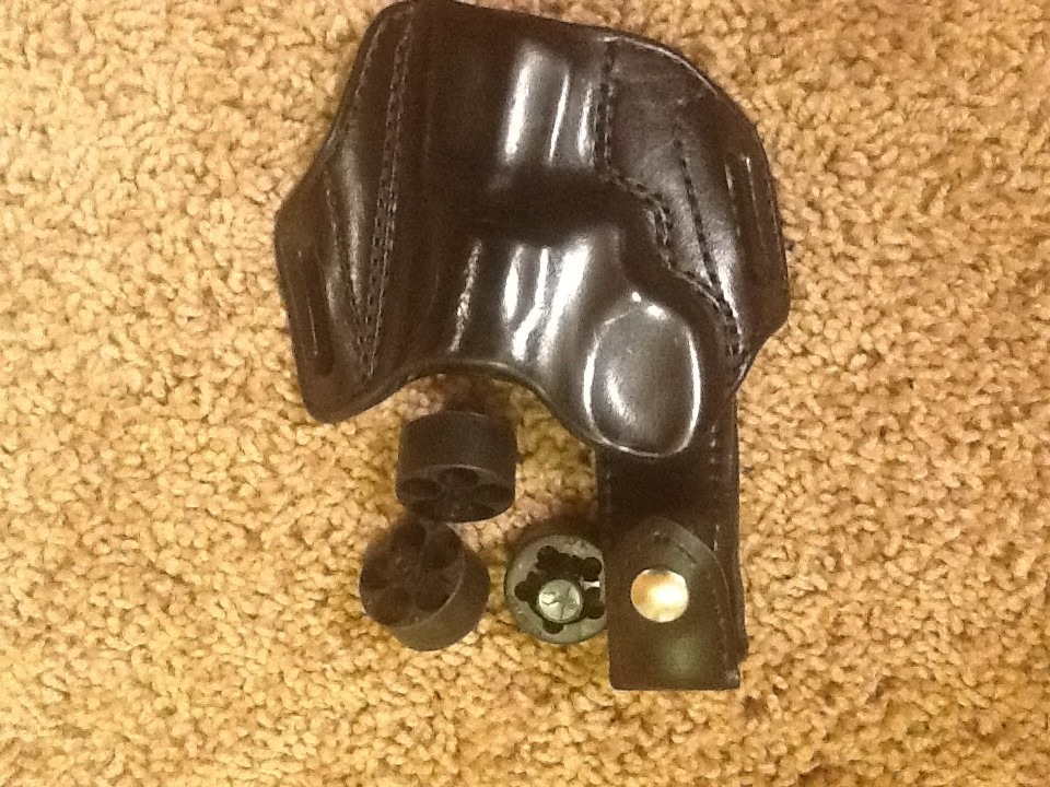 WTS Virtually new Mitch Rosen OWB  holster for Ruger SP101 plus free accessories-imageuploadedbytapatalk1351545834.331790.jpg