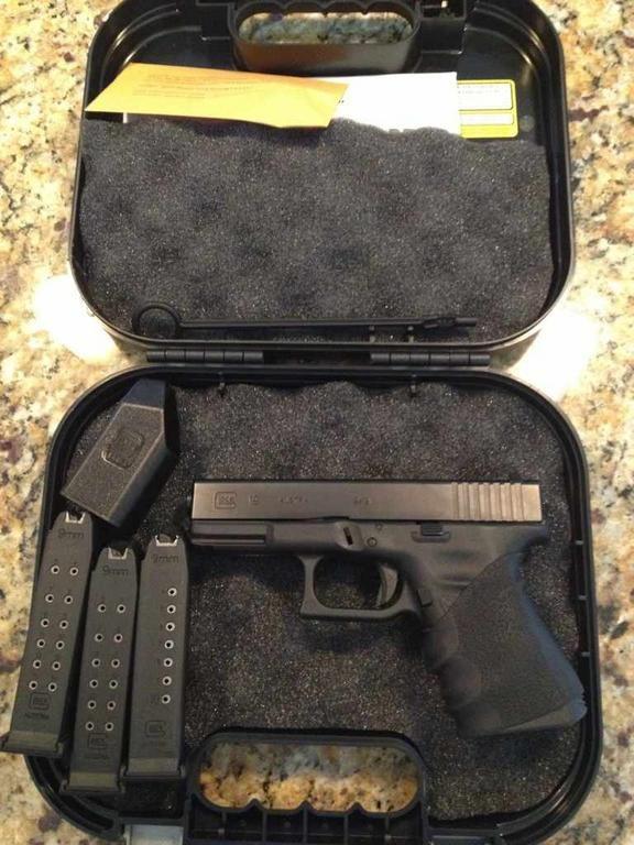 SOLD PLEASE CLOSE Glock 19, Gen 3 (Florida)-imageuploadedbytapatalk1368657482.298100.jpg