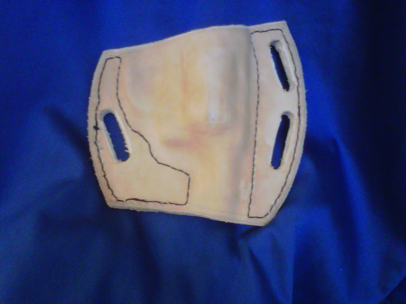 My foray into holster making-img00049-20110121-1501.jpg