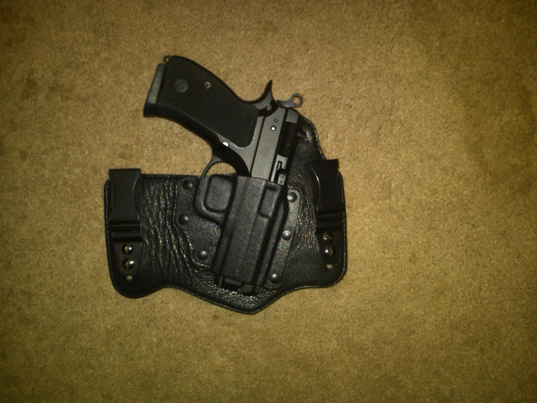 Using a holster not made for your exact gun? (pic included)-img00082-20110413-2006.jpg