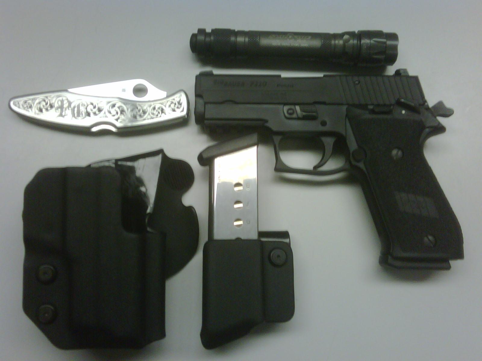 Pics of my SIG P220 SAO in Comp-Tac-img00153-20090227-2323.jpg