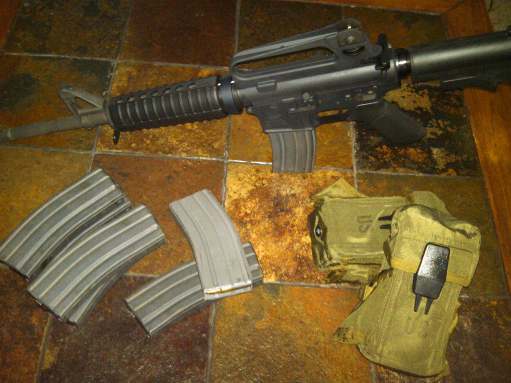 Bought my first AR today-img00279-20100828-1612.jpg