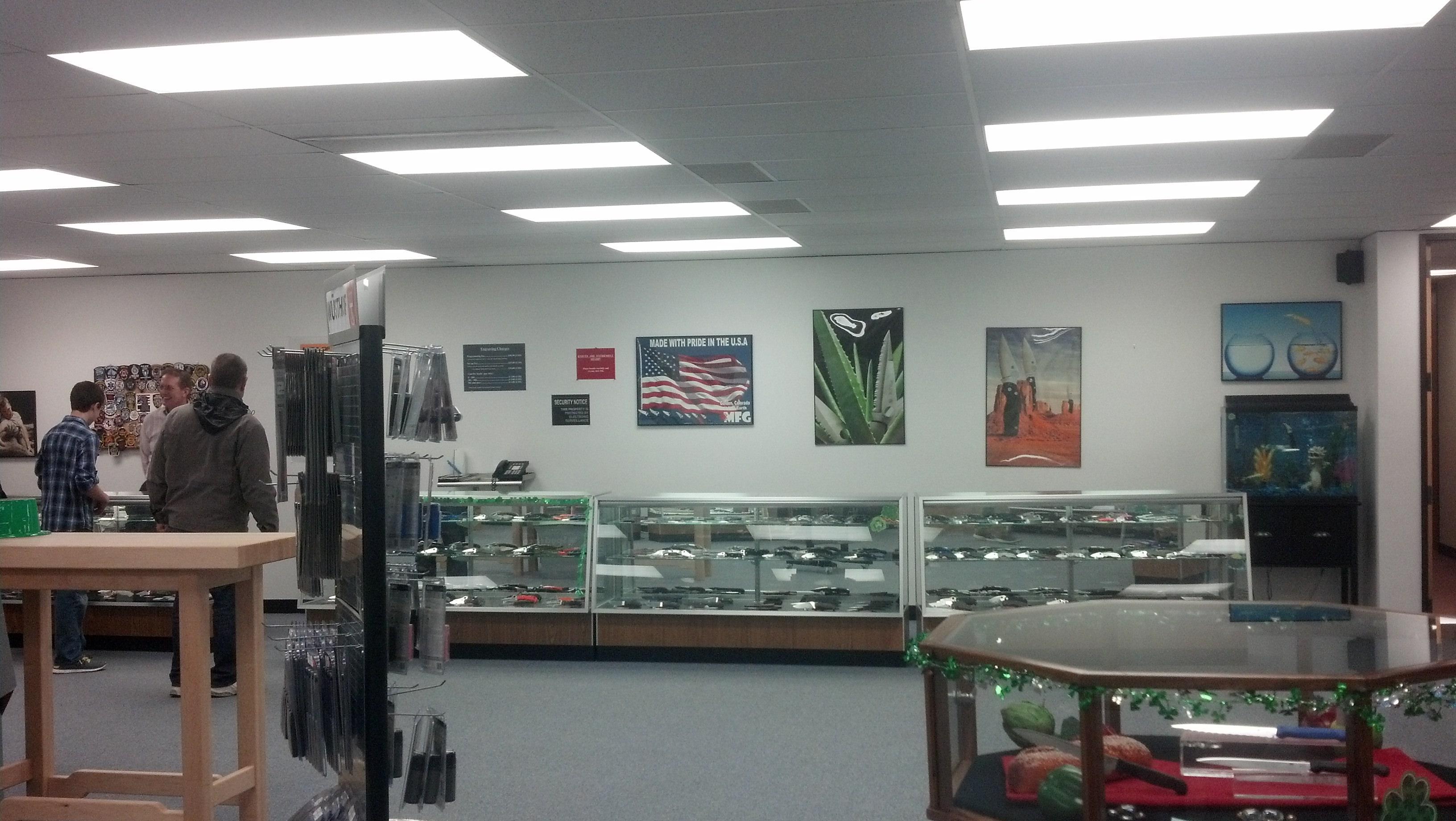Spyderco Outlet Store-img95201403159514172695705.jpg