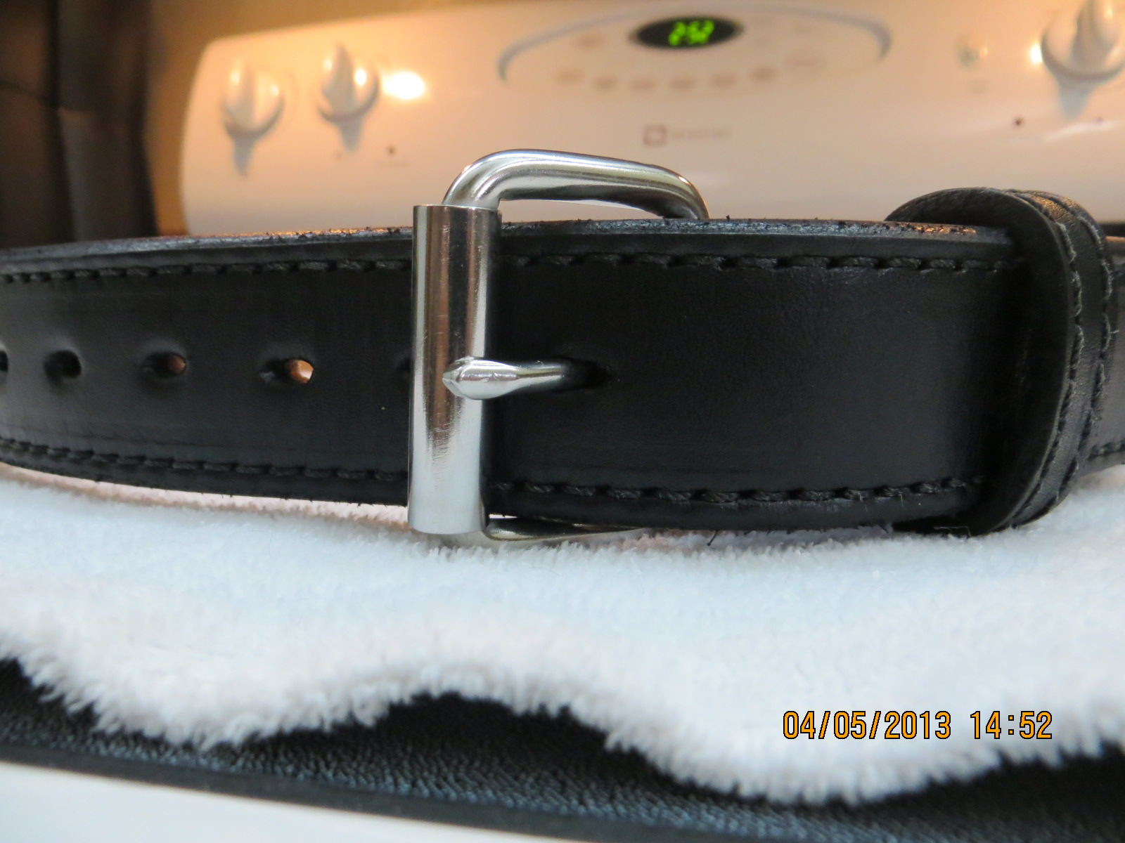 Crossbreed belts vs Old Faithful-img_0001-001.jpg