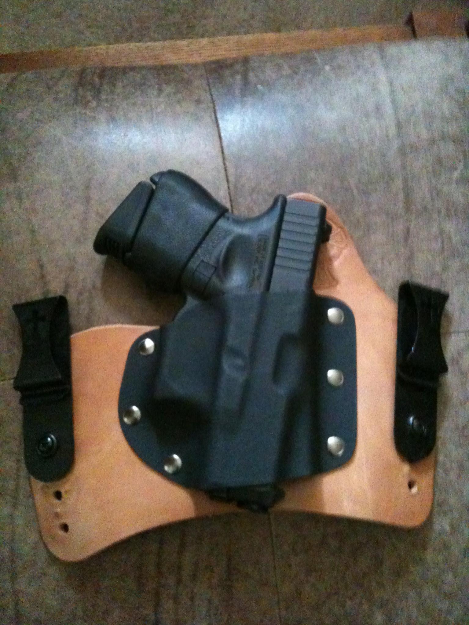 Any pics Glock 27 holster setup?-img_0003.jpg