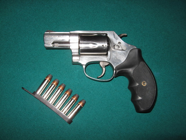 What should wife carry-img_0020.jpg