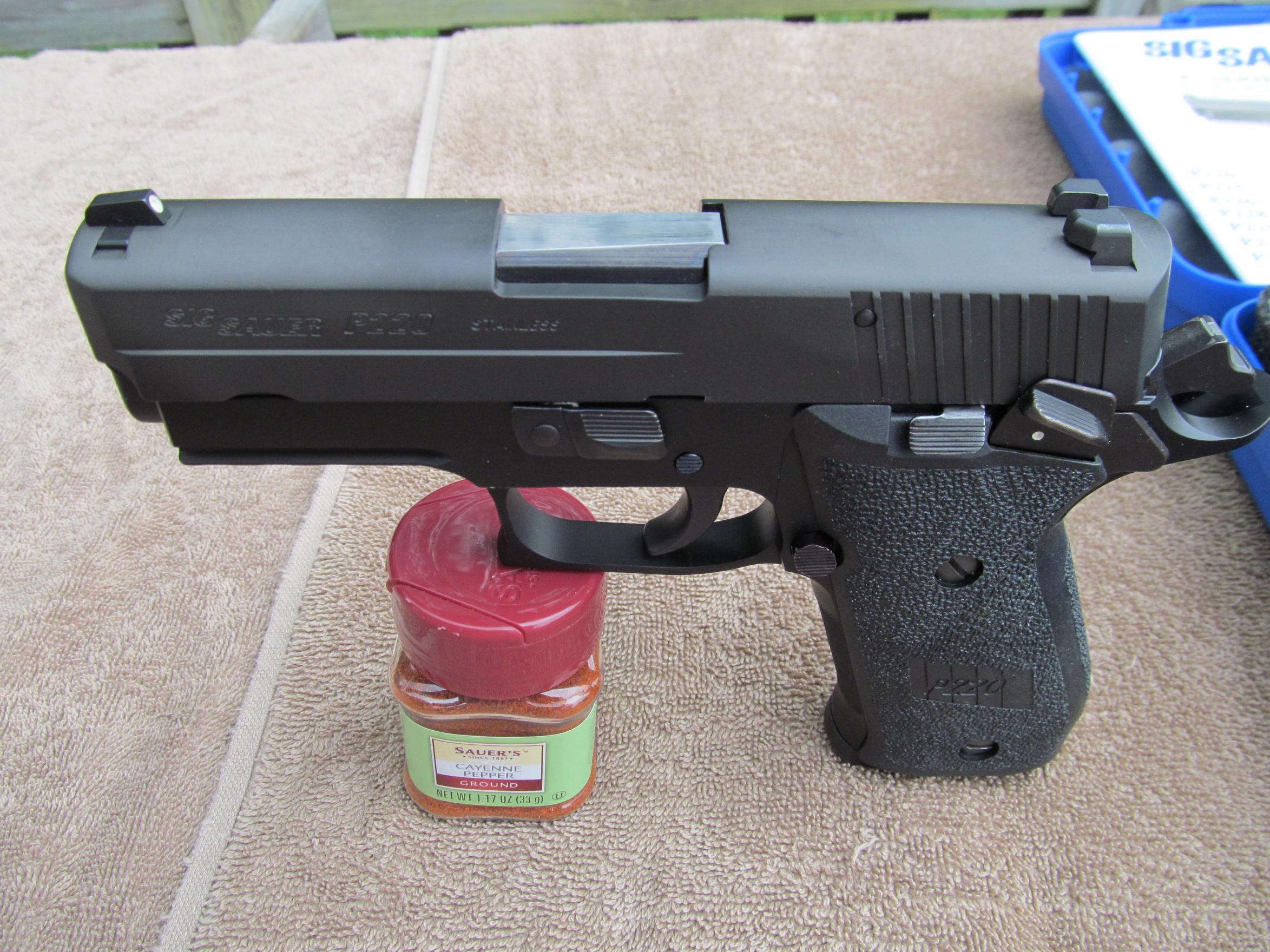 FS: LNIB Sig P220 R Carry SAO - Elite Frame w/ 3 Mags [VA]-img_0039.jpg