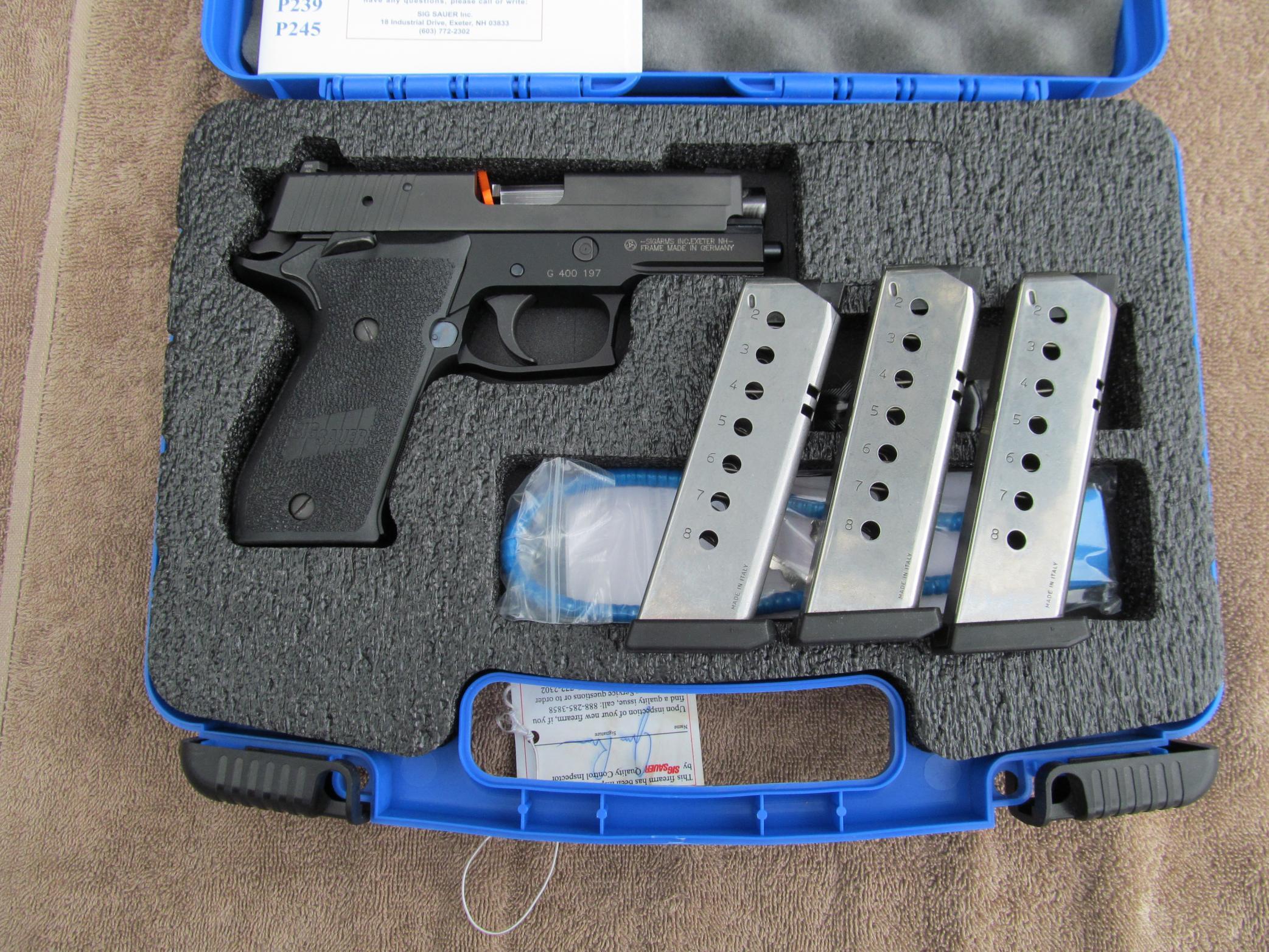 FS: LNIB Sig P220 R Carry SAO - Elite Frame w/ 3 Mags [VA]-img_0044.jpg