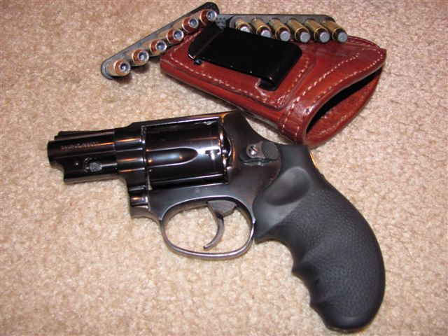 How large a handgun can you comfortably carry in a tuckable IWB holster?-img_0077.jpg