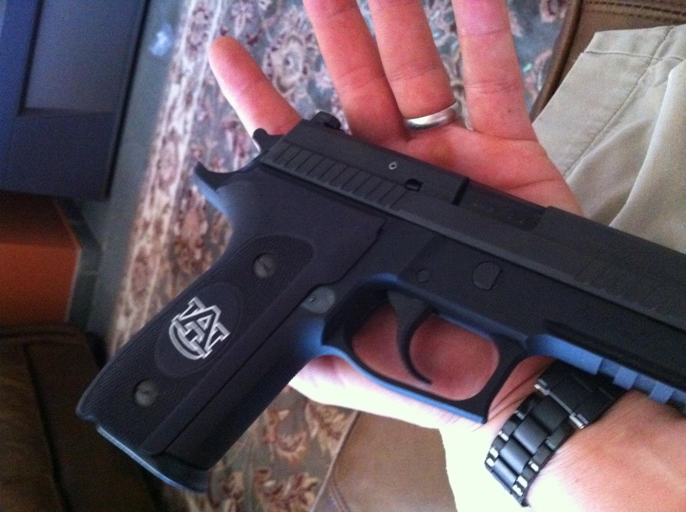 NEW Grips Sig 229 & M9A1-img_0095.jpg