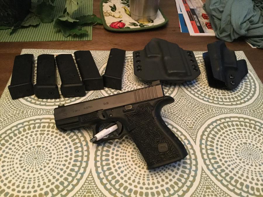 WTS/WTT: Gen 4 Glock 19 [FL]-img_0108.jpg