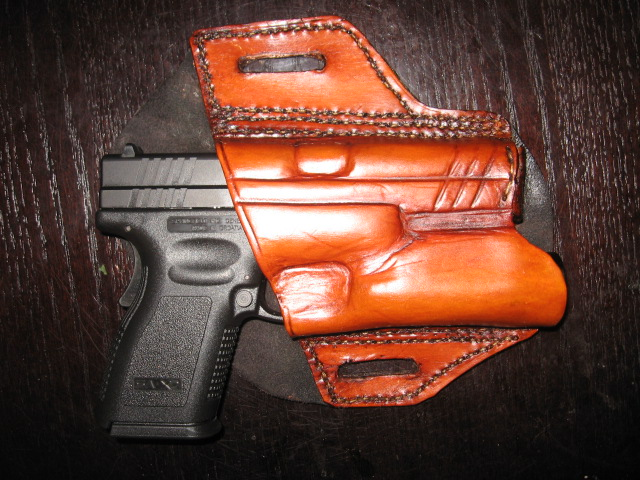 Brought home a new pistol yesterday, couldn't wait to build a holster!-img_0405.jpg