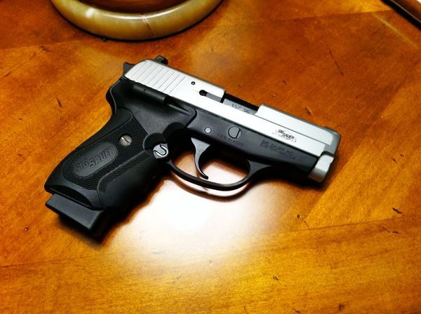 Debating on Getting Rid of my Brand New M&P9 in Favor of a P226-img_0501.jpg