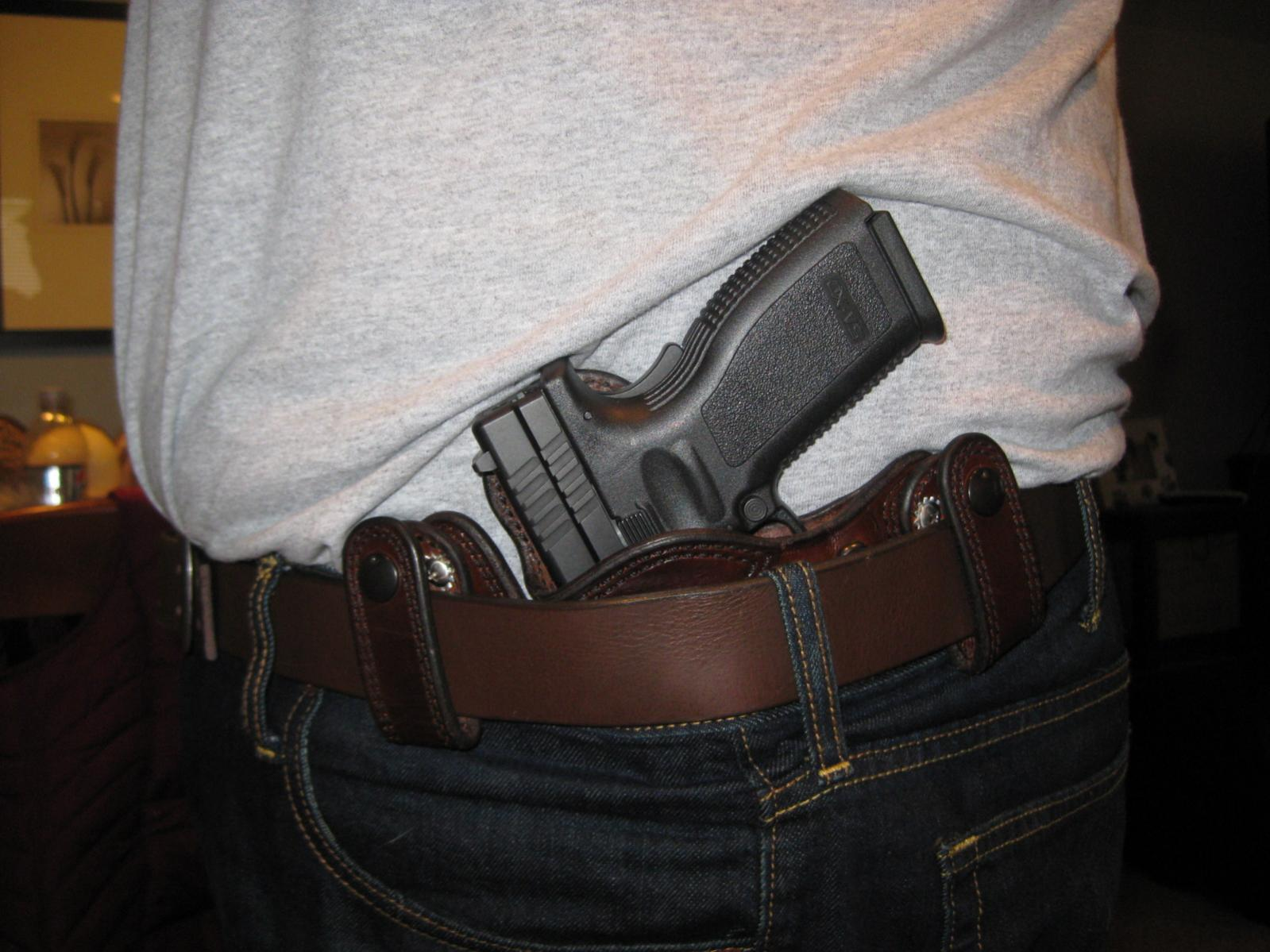 Let's See Your Pic's - How You Carry Concealed.-img_0576.jpg