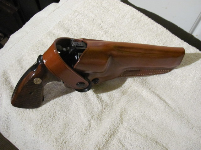 Anybody get anything good that's firearm related today?-img_0609.jpg