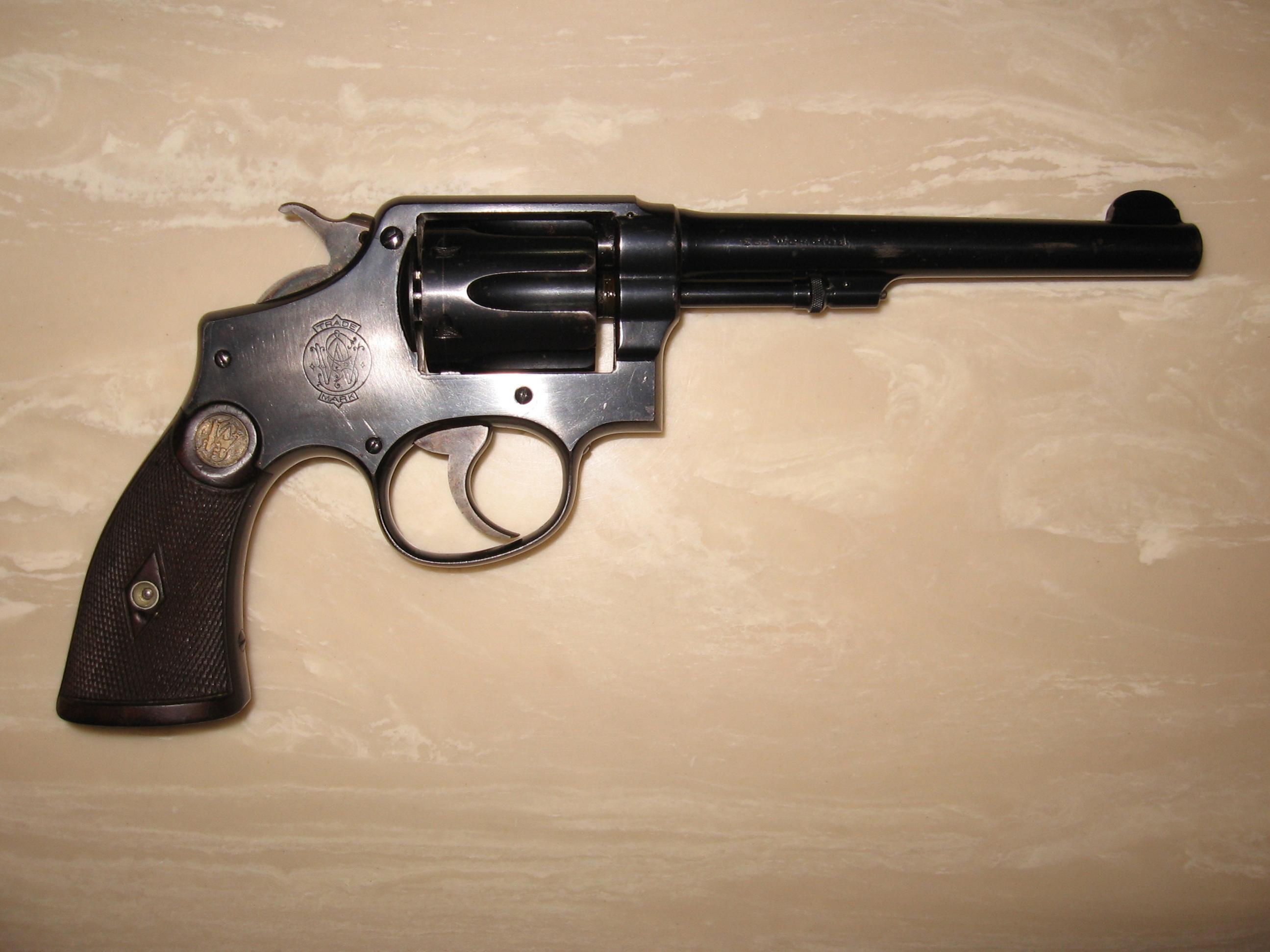Please help identify these revolvers!-img_0637.jpg
