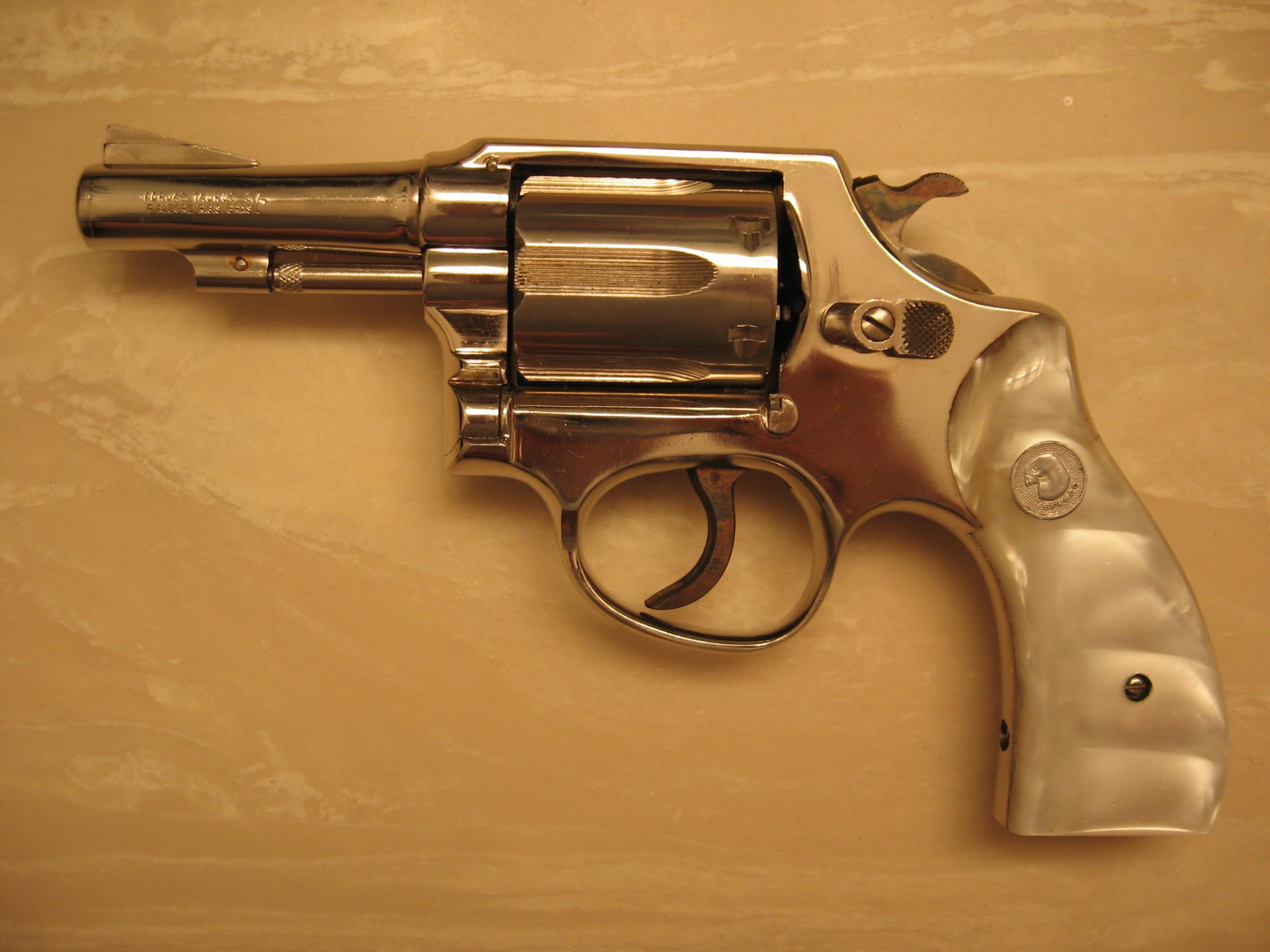 Please help identify these revolvers!-img_0642.jpg