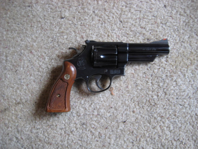 New (to me) S&W revolver.-img_0707.jpg