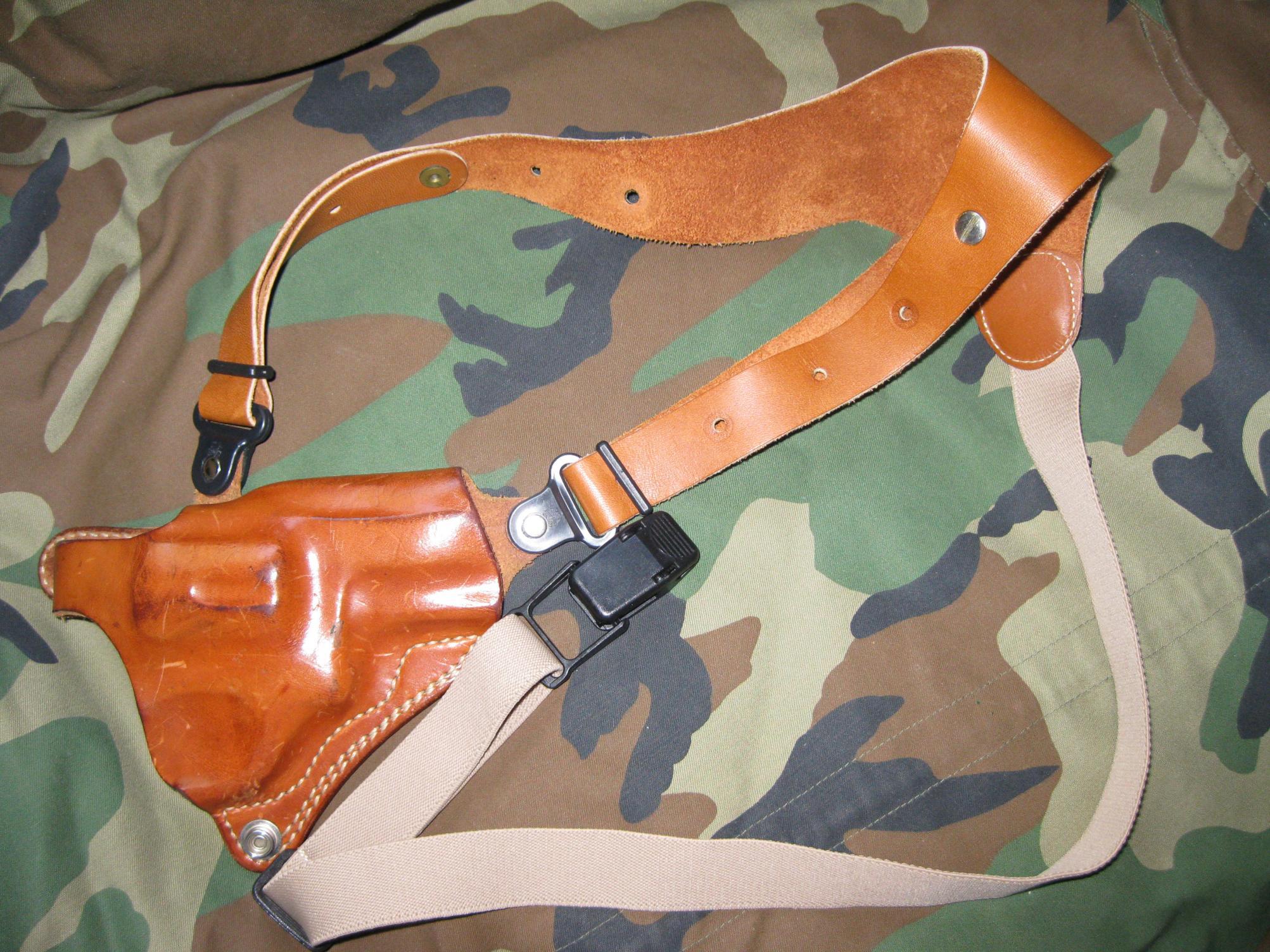 GALCO shoulder holster for sale..-img_0760.jpg