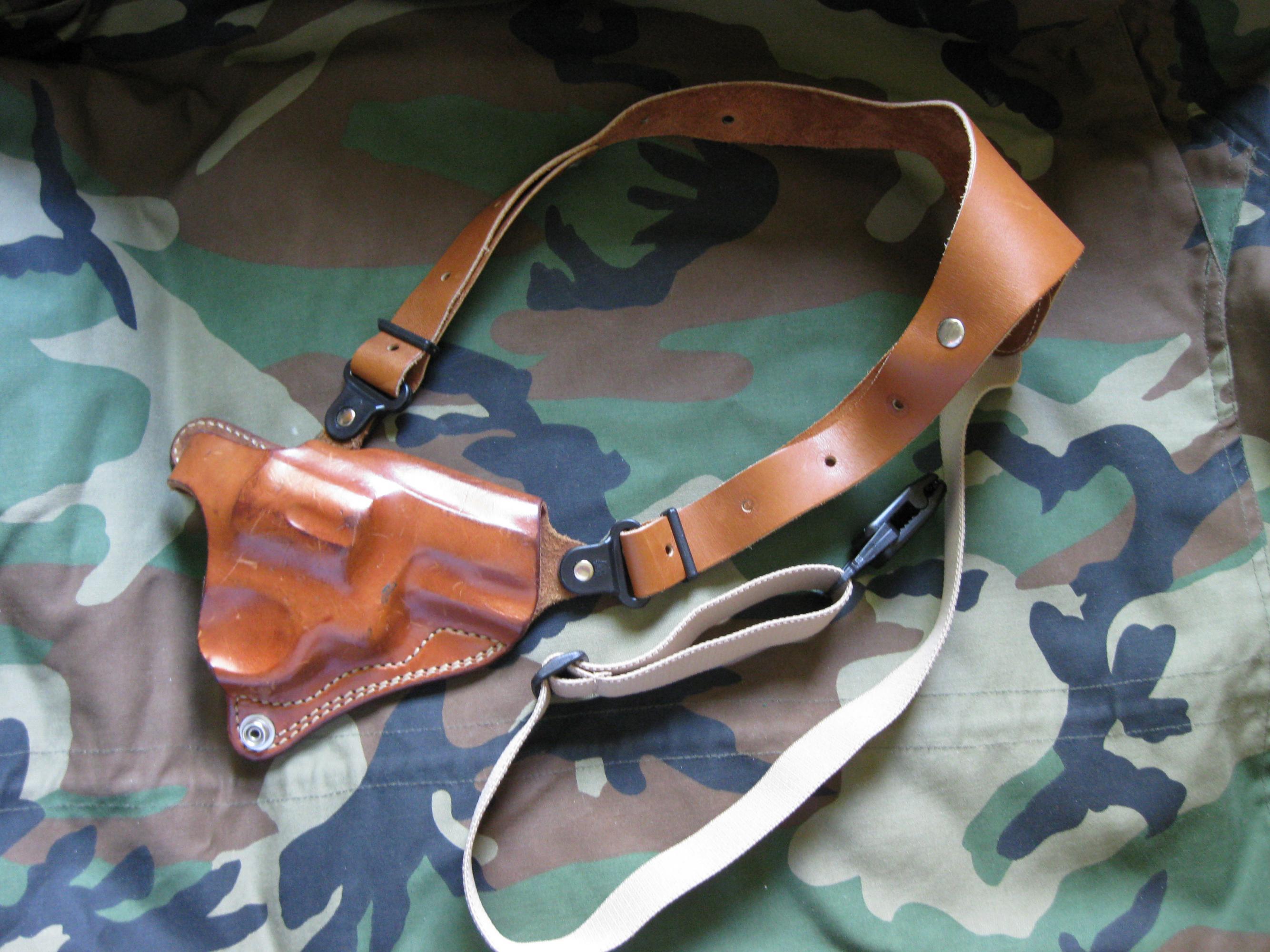 GALCO shoulder holster for sale..-img_0766.jpg