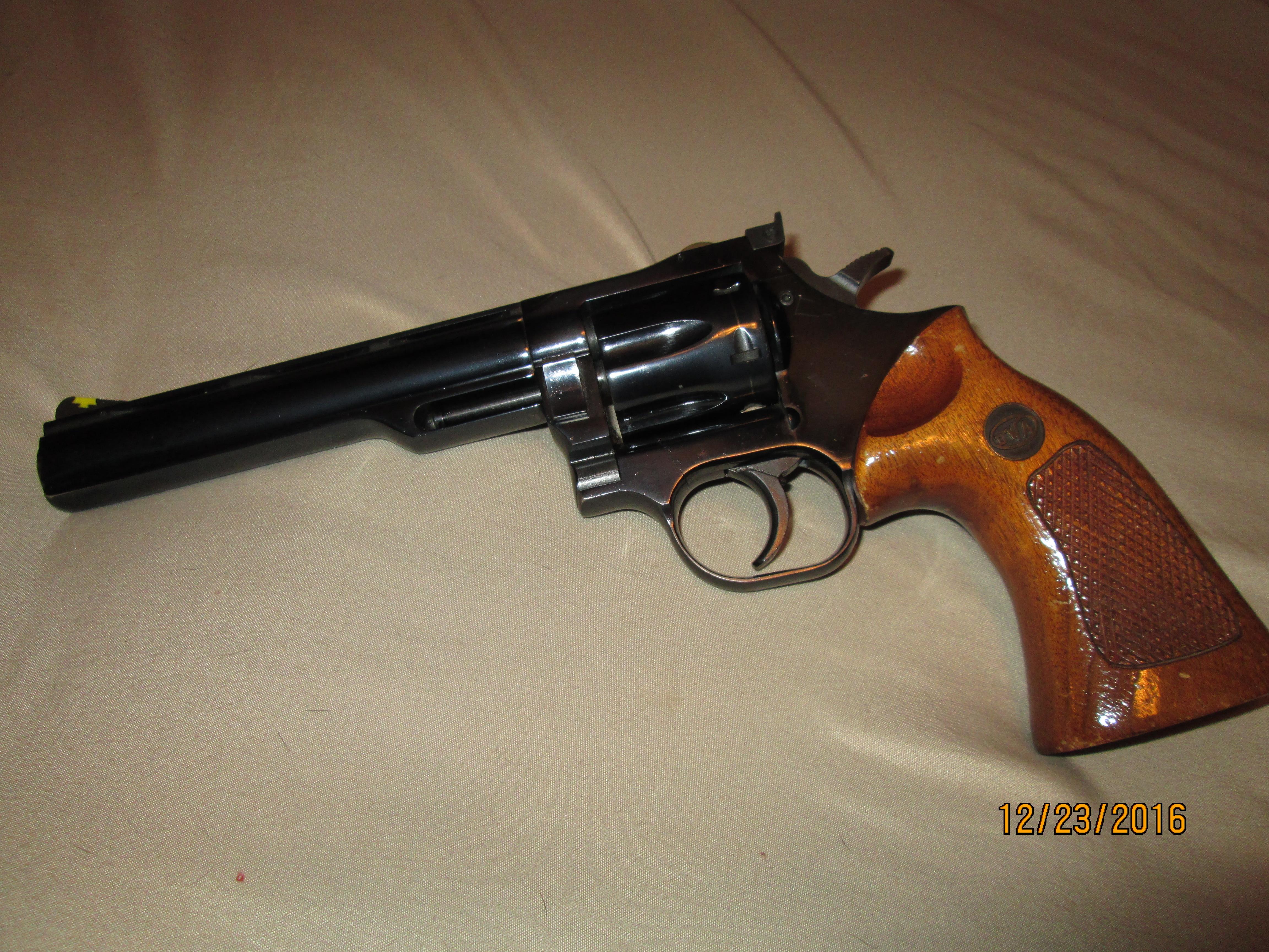 Good first revolver-img_0784.jpg