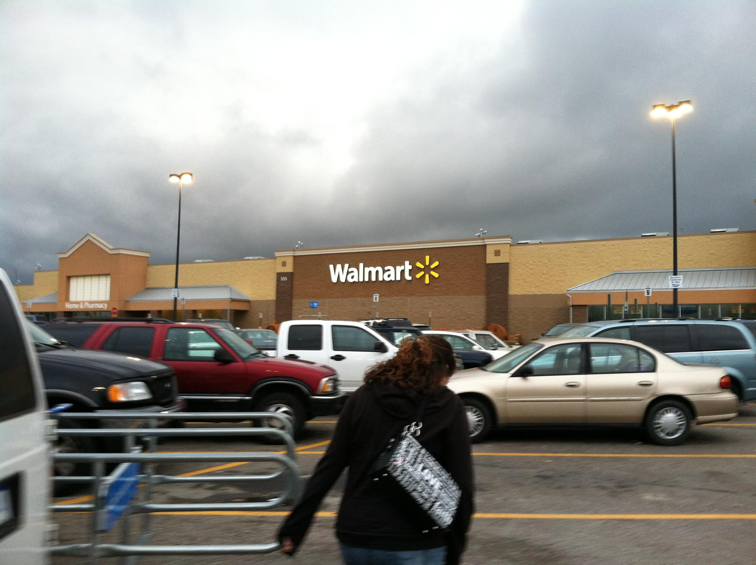 It's finally here!!! Off to Wally World!!!-img_0898.jpg